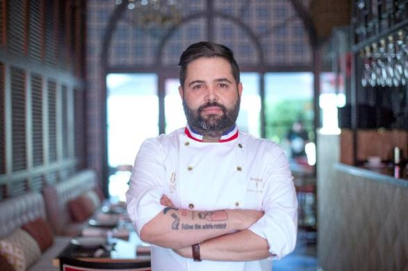 Juanlu Fernández (Lú Cocina y Alma*) crea un innovador y exclusivo recetario en vídeo con los jamones, embutidos y carnes ibéricos de Montesano Extremadura para alegrar las Fiestas